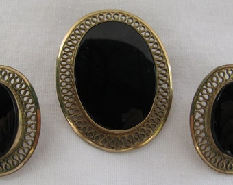 Mid Century WINARD Signed Classic 12K Gold Filled Filigree with Oval Onyx Demi Parure, Matching Brooch Pendant Combo & Vintage Clip Earrings