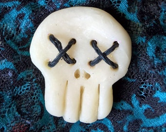 Skull Buttons (Set of 3)