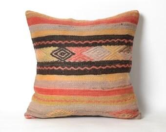 handmade pillow, vintage kilim, accent pillow, vintage kilim pillow, moroccan cushion, pillow case, sofa pillow, decorative pillows