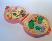 Rare 1989 Tammys Palm Tree Island Polly Pocket Play Set. Complete. Vintage Polly Pocket Complete Sets. Polly Poket Toys. Rare Polly Pocket.