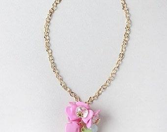 Flower Cluster Gold Necklace