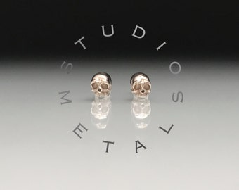 Tiny Gold Skull Stud Earrings, Skull Earrings, White Gold Skull Studs, Solid Gold Skull Earrings, Small Gold Stud Earrings, Baby Skull, E597