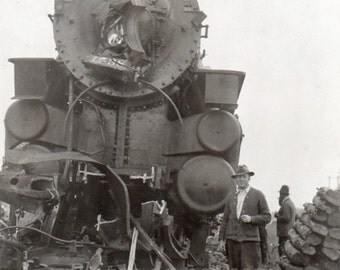 train crash ~ Vintage Snapshot Photo  ~  locomotive steam engine ~ RR Railroad Tracks
