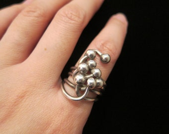 Vintage Sterling Silver Wire with Dots Circles Organic Shape Modern Modernist Shaped Ring Size 6.5 - Unique Design Organic Form