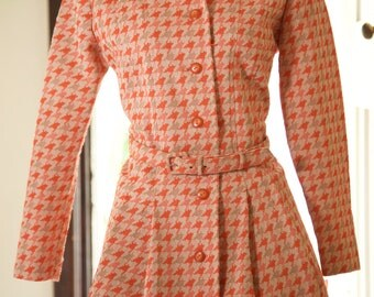 SALE 1960s Orange and Tan houndstooth princess coat