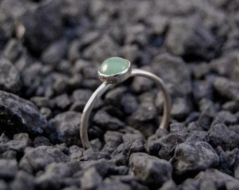 Handmade 6mm Aventurine ring, sterling silver, stacking ring, green gemstone ring, plain bezel