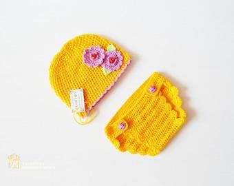 Newborn Crochet Set - Baby Girl Photo Prop - Infant Crochet Set, Newborn Crochet Pants and Hat, Newborn Pants Prop, Ready to Ship