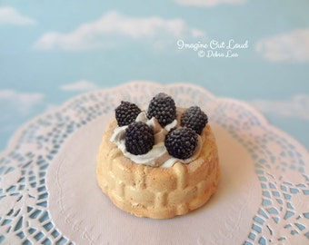 Fake Mini Bundt Cake Blackberries Charlotte Shortcake