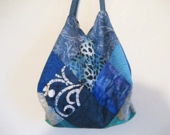 blue quilted tote, blue fabric purse, large batik shoulderbag, Quilted  tote, large blue  bag, fabric tote, blue market bag, produce bag