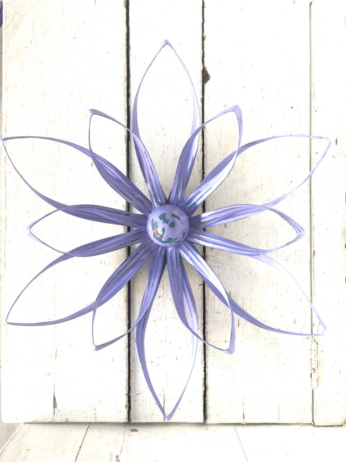 Flower wall art flower decor metal flower art by honeywoodhome for Metal flower wall art