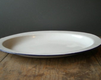 Enamelware plate. Large, Oval serving plate. Farmhouse decore.