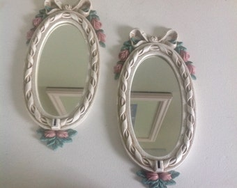 Set of two shabby chic mirrors, Oval shaped, Ribbons and flowers, Antique white