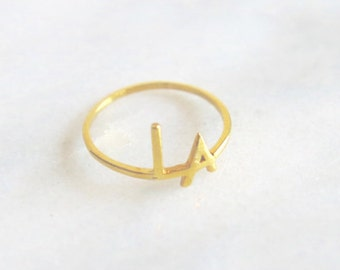 Delicate LA 14k Gold Ring - Perfect as Pinky Ring or Midi Ring