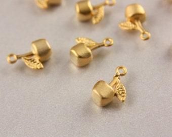 24k Gold Cherry Charm, 10 pcs Cherry Charms, (15mm x 10mm) Gold Plated Cherry Pendants, Gold Cherry Pendants, Cherry Charms / GPY-210