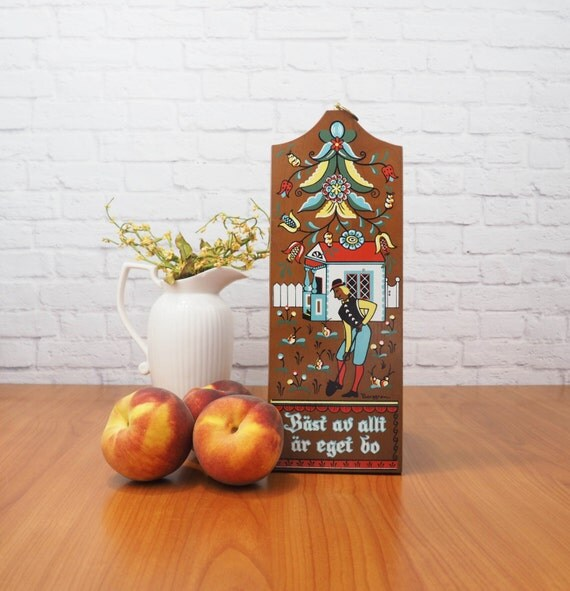 Kitchen Folk Art: Vintage BERGGREN Wooden Bread Board Swedish Folk Art Kitchen