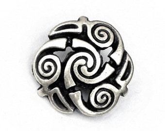 Celtic belt fitting with Triskelion - [08 Ce-0 Triskele]