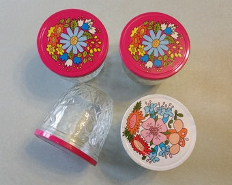 Ball Canning Jars with Mod Flower Lids - 1970's Quilted - Jelly Jar - Pink and White - Glass Storage - Canning Supplies - Organization