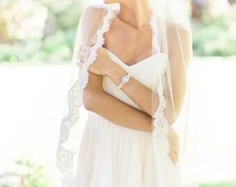 Magnolia Fingertip Alencon Lace Veil, Lace Veil, Alencon Lace Veil, Ivory Veil, Single Layer Veil, Fingertip Veil, Bridal Veil