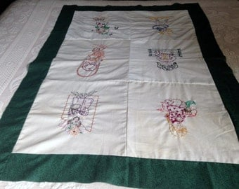 BABY QUILT TOP, Vintage Baby Quilt Top, Embroidered Baby Quilt Top, Green Border with Embroidered Children!