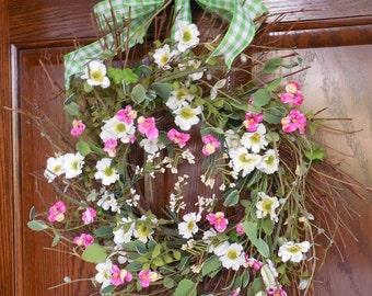 Summer wreaths, Wispy wreath, Spring and Summer, Daisy wreath, Pink and white, Green and White, Spring door decor, Summer door wreath, Pansy