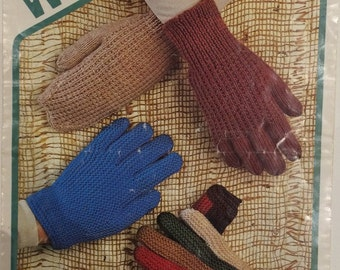 Wendy Vintage Knitting Pattern Gloves & Mittens DK 1834