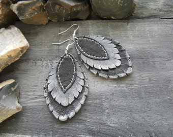 Handmade genuine leather earrings. Dangle earrings. Boho earrings. Bohemian earrings. Black and silver earrings Boho jewelry Leather jewelry