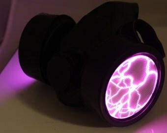 Plasma Zombie Apocalypse Gas Mask with Sound Activated (Magenta)