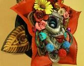 Dios Los Meurte Wreath: La Santa Meurte Leather Sculpture