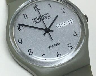 Rare Vintage Swatch Watch GM700 1983 German Days Of The Week Grey