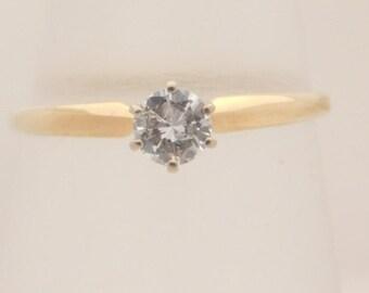 0.34 Carat Ladies Round Cut Diamond Solitare Ring 14K