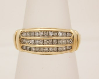 0.33 Carat T.W. Ladies Round Cut Diamond Band 10K Gold I Love You Ring