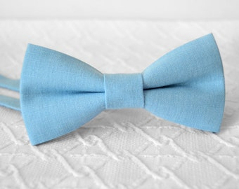 Sky blue bow tie, light blue bow tie, linen bow tie, wedding bow tie, mens bow tie, bow tie for men, airy blue bow tie, groomsmen bow tie