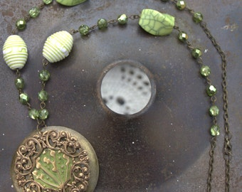 Green Embossed Necklace