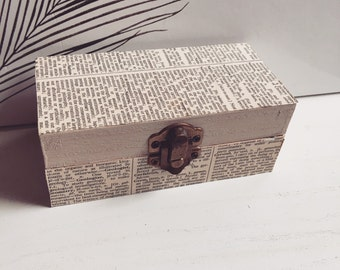 Dictionary Decoupage Ring Box- Vintage Dictionary- Trinket Box- Bookworm