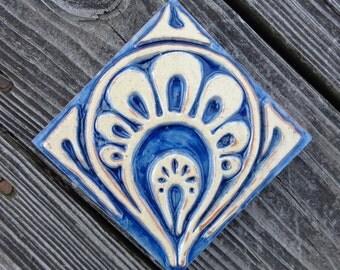 Nouveau Paisley Tile, Blue