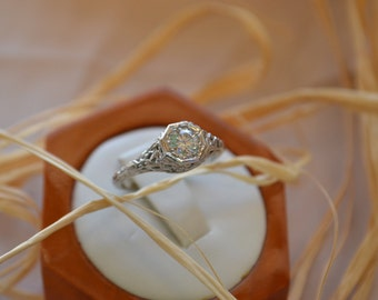 Immaculate vintage Diamond solitaire engagement ring in art deco style, Vintage art deco diamond engagement ring, Vintage diamond solitaire