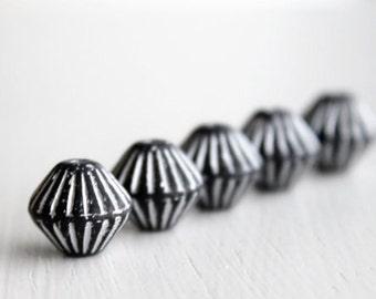 15 Black/White Etched 10x11mm Czech Glass Bicone