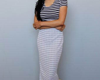 gone walking -- vintage 80s striped jersey high waisted skirt -- XS/S