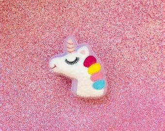 Unicorn Brooch - Cute Unicorn -  Unicorn Jewelry - Unicorn Gifts - Unicorn Pin - Kawaii Pin - I Believe in Unicorns