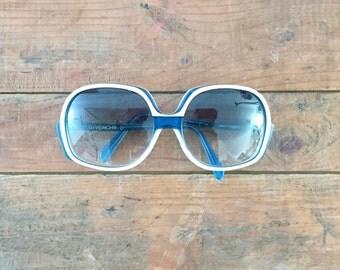 Givenchy Sunglasses Women's Oversized Ombre Tint Blue White Round Frame 1970's Unico Resort Hip Hop Designer Sunglasses Statement Nautical