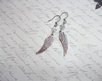 Wing earrings with crystals
