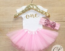First Birthday Tutu Outfit / Baby Girl Clothes 1 Year Old Outfit One Birthday Set 1st Birthday Girl Outfit Baby Tutu Bow Outfit Set 053