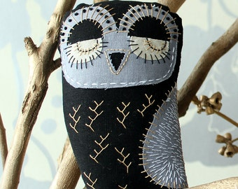 Baby Owl Embroidery Sewing Pattern, PDF Download