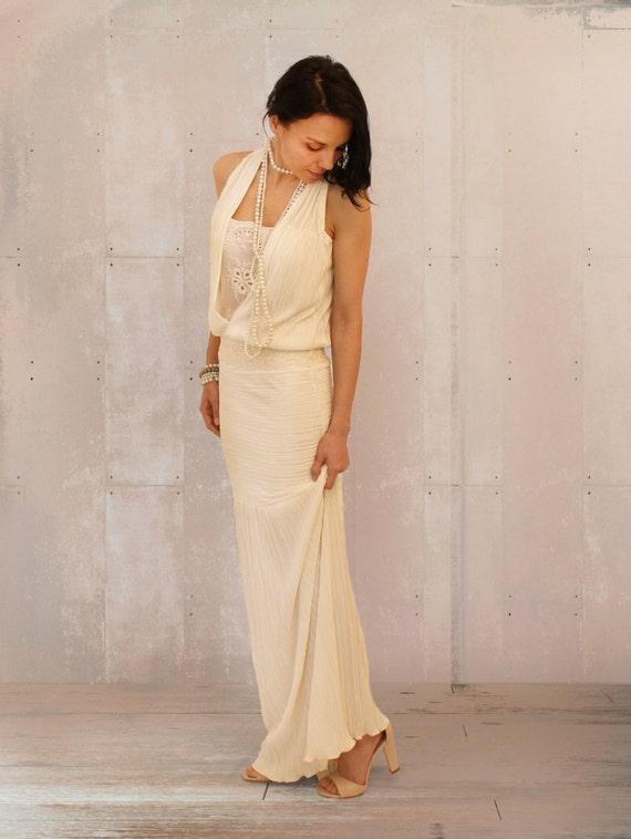retro wedding dress boho wedding dress v cleavage dress. Black Bedroom Furniture Sets. Home Design Ideas