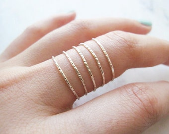 Thin lined silver stacking rings, set of 5 //thin sterling silver rings, thin silver ring, silver stack, dainty rings, delicate rings