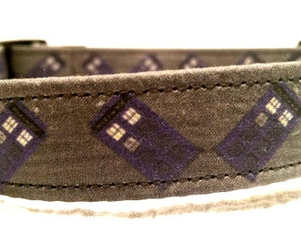 Dr. Who Tardis (with darker gray background)