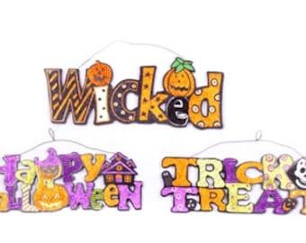 "13"" HALLOWEEN SIGNS- Set of 3/Wreath Supplies/Halloween Decor/OSW156631"