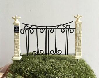 1 pcs fence-Garden decoration / fairy gardens/dollhouse