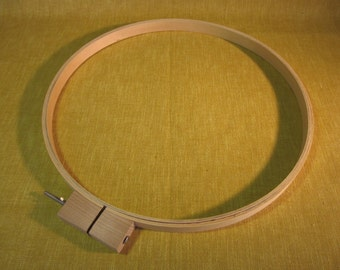"14"" wood quilter's hoop, embroidery, needlework"