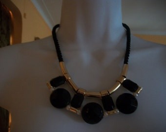 Bib necklace       signed MIKA                                            & sStud earring